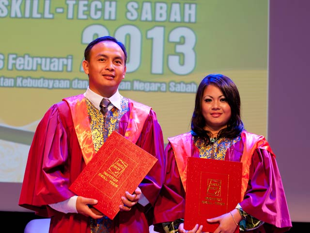 Konvokesyen Institut Skill-Tech Sabah 2013