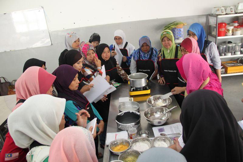 RTC Melaka Membantu Menambah Pendapatan Rakyat